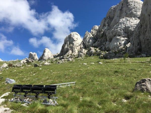 SGM P5 vor Berg in Kroatien